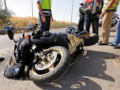 Consulta Gratuita en Español con Abogados de Accidentes de Moto en Chicago IL