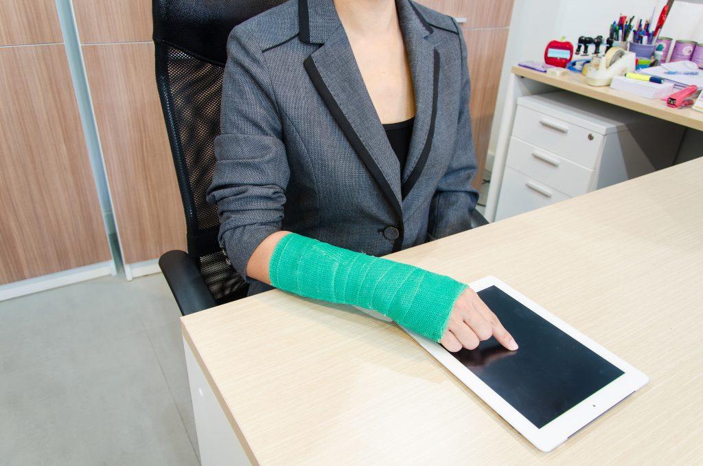 La Mejor Asesoría Legal de Abogados de Accidentes de Trabajo, Demanda de Derechos y Beneficios Cercas de Mí en Chicago IL